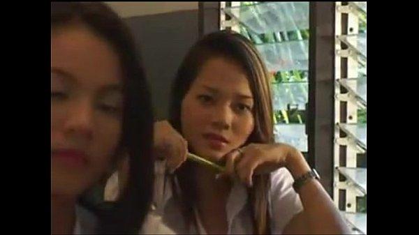 หนังไทย อาจารย์จับนักเรียนในห้องเย็ดxxx ทั้ง ๆ ที่กำลังเรียนอยู่ เสือกอ่อยดีนักจับเย็ดแมร่ง