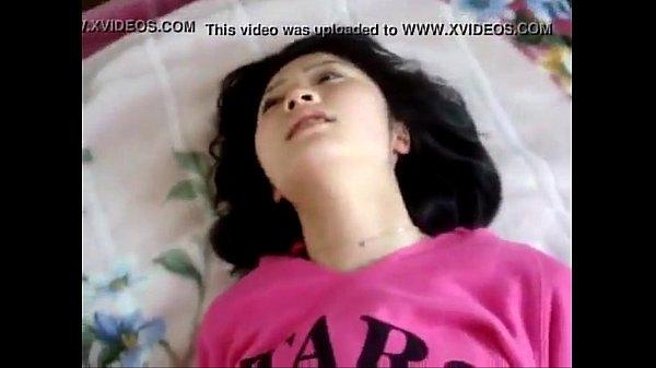 คลิปxxx สาวน้อยโดนเย็ด จนตัวเกร็งแข็งไปหมด สงสัยจะกลัวไม่เคยโดนเย็ด