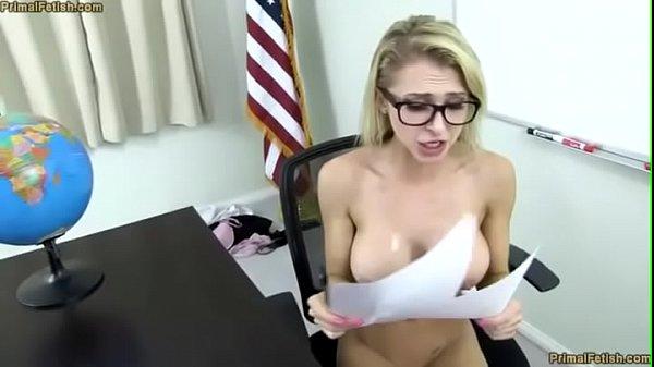 ครูสาว สวย โดนสะกดจิต โคตรเด็ด นมใหญ่ เย็ดกันกลางห้องทำงาน กระแทกกันบนโต๊ะ โคตรมันส์ ขาวๆ