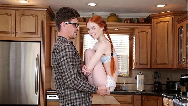 Porn XXXหนุ่มควยใหญ่เย็ดแฟนสาวตัวเล็กงานดีหีสวย ขึ้นขย่มควยโครตพริ้ว เองดีเด้งเก่งเย็ดมันร้องดังครางเสียว